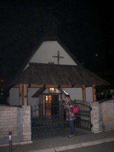 Ispred crkve Sv. Marka iz 1721. godine... Tek nakon posjete ovoj crkvi, taj dan je bio kompletno zaokruzen kao uspjesan.  Vrlo drago mjesto i vrlo draga fotografija, jer ista je bila motiv slikara čija umjetnička slika mi je poklonjena kao pobjedniku